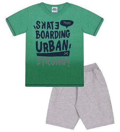 Conjunto Bermuda e Camiseta nas cores verde marine e cinza mescla