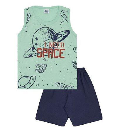 Pijama cor verde claro com estampa planetas, brilha no escuro