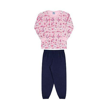 Pijama cor rosa bebê, estampa de coelho que brilha escuro