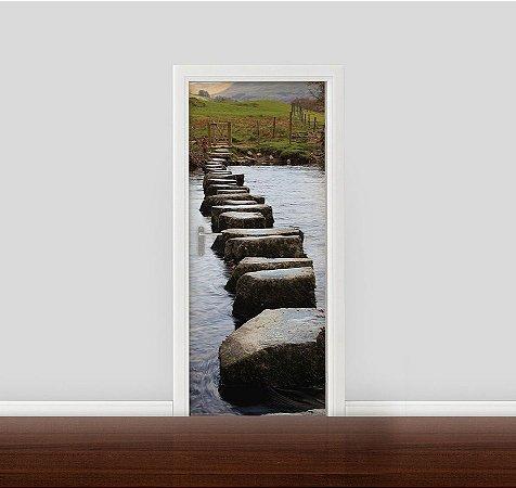 Adesivo para Porta - Caminho de pedras no rio