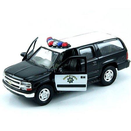 Carro Miniatura - Chevrolet Suburban 2001 Patrol - 1:39 - Welly - Em Metal