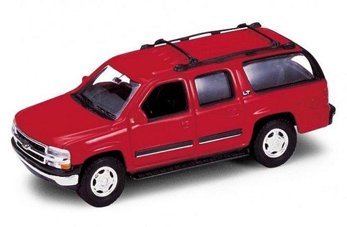 Carro Miniatura - Chevrolet Suburban - 1:39 - Welly - Em Metal