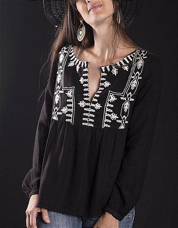 Bata Pilgrim Black And White