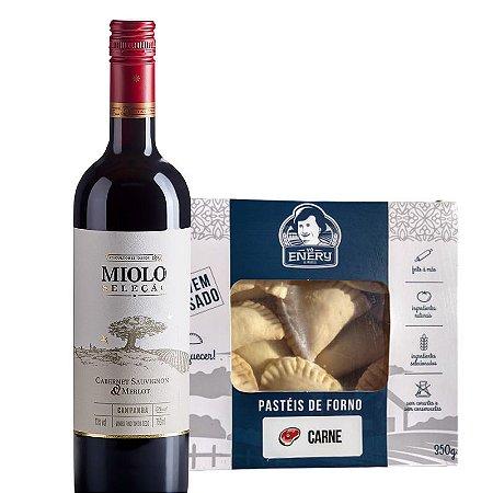 Vinho Miolo Seleção Cabernet/Merlot + Pastel de forno carne Vó Enery