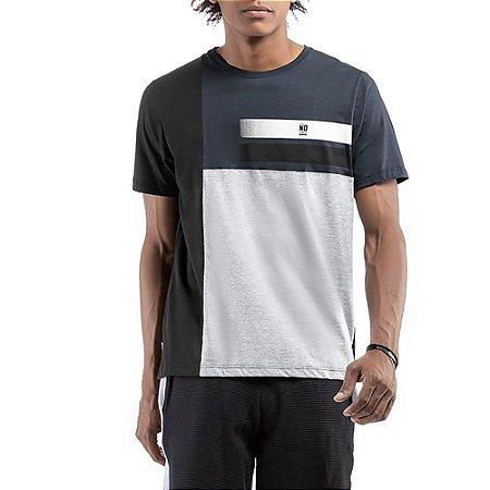 Camiseta C/ Estampa No Stress Grafite C/ Preta