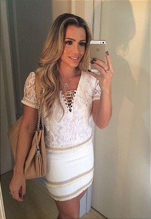 Conjunto Saia e Blusa Renda Branca com Dourado - Desnude