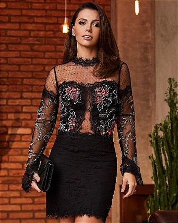Vestido Curto Preto Rendado Veronica - Desnude
