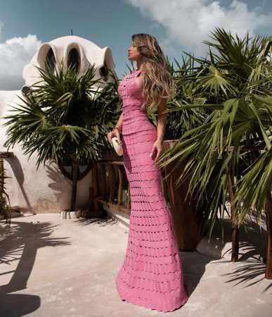 Vestido rosa de bandagem hush