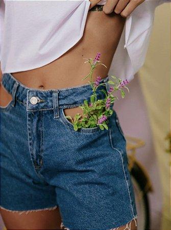 Short jeans vazado escuro - alcance