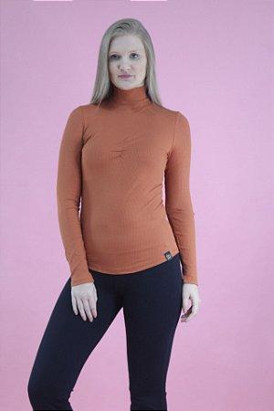 Blusa canelada gola alta laranja