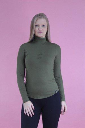 Blusa canelada gola alta verde