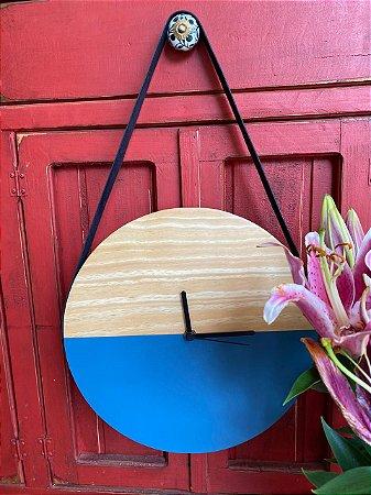 Relógio - Azul claro e Pinus