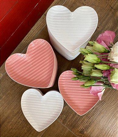 Prato coração - P (listras)