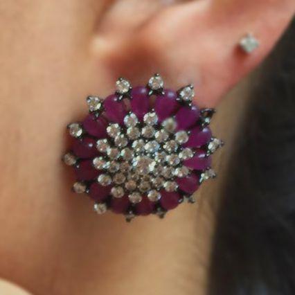 Brinco Purple Flower
