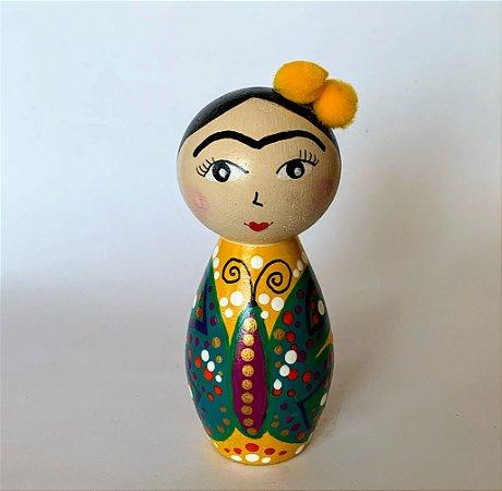 Boneca em madeira Frida Borboleta