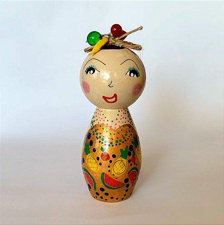 Boneca em madeira Carmem Miranda Melancias