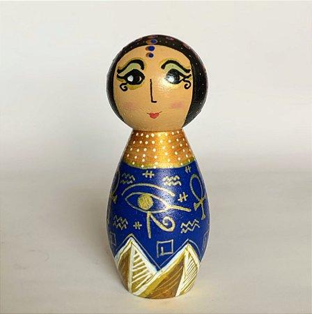 Cleopatra em madeira maciça