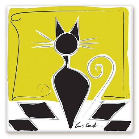 Gato em Piso Xadrez