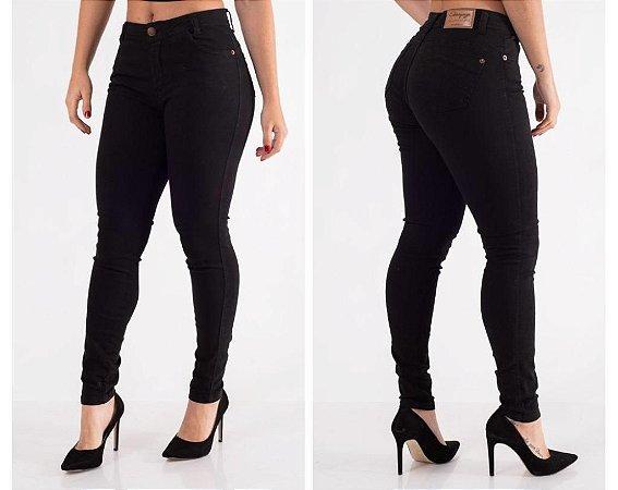 Calça Jeans PRETA Estravaganzza