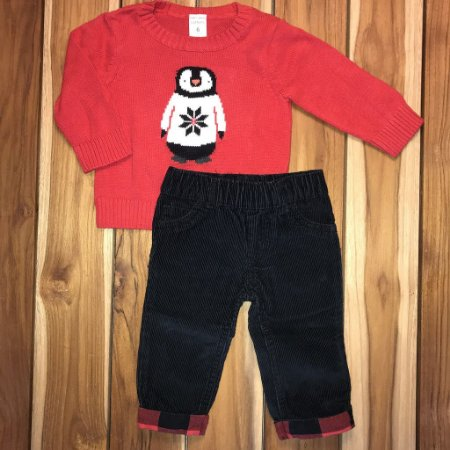 CARTERS conjunto calça veludo preto e casaco vermelho pinguim 6 meses