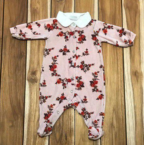 TYROL macacao pezinho plush rosa flores vermelhas 6 meses
