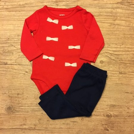 CARTERS conjunto body vermelho laços + calça marinho 3 meses