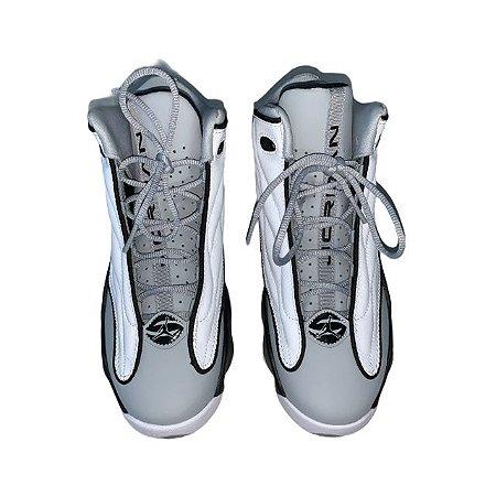 JORDAN tênis couro branco e cinza cano alto USA 5 BRA 35