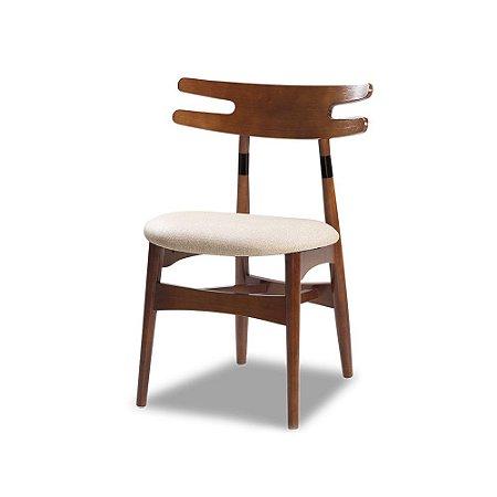 Cadeira Tenerezza em Madeira maciça Assento Estofado