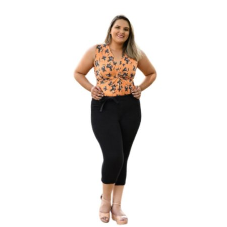 Calça Feminina Plus Size Sarja Capri