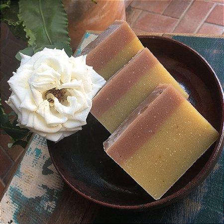 Sabonete e Xampu Sólido - Muru Muru/Maracujá/Oliva/Coco Açafrão Óleo Essencial Laranja/Canela  130g