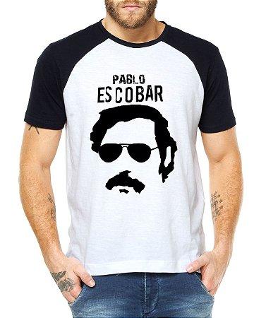 Camiseta Masculina Raglan Pablo Escobar Narcos Séries- Personalizadas/ Customizadas/ Estampadas/ Camiseteria/ Estamparia/ Estampar/ Personalizar/ Customizar/ Criar/ Camisa Blusas Baratas Modelos Legais Loja Online