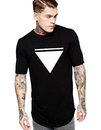 Camiseta Long Line Oversized Masculina Triangulo Camisetas Barra Curvada - Camisetas Personalizadas/ Customizadas/ Estampadas/ Camiseteria/ Estamparia/ Estampar/ Personalizar/ Customizar/ Criar/ Camisa Blusas Baratas Modelos Legais Loja Online