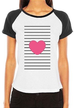 Raglan Feminina Coração Love Papel  - Personalizadas/ Customizadas/ Estampadas/ Camiseteria/ Estamparia/ Estampar/ Personalizar/ Customizar/ Criar/ Camisa Blusas Baratas Modelos Legais Loja Online
