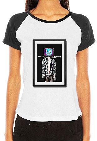 Raglan Feminina Black Mirror Waldo - Série Seriado/ Customizadas/ Estampadas/ Camis - Personalizadas/ Customizadas/ Estampadas/ Camiseteria/ Estamparia/ Estampar/ Personalizar/ Customizar/ Criar/ Camisa Blusas Baratas Modelos Legais Loja Online