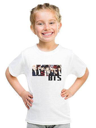 Camiseta Infantil Branca Feminina Menina Bts Bangtan Boys Integrantes Foto - Personalizadas/ Customizadas/ Estampadas/ Camiseteria/ Estamparia/ Estampar/ Personalizar/ Customizar/ Criar/ Camisa Blusas Baratas Modelos Legais Loja Online