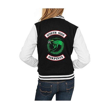 Jaqueta College Feminina Riverdale South Side Serpents 2ª Temporada Nova Logo Séries Seriados Serpentes do Sul - Jaquetas Colegial Americana Universitária Baseball Casacos Blusa Blusão Baratos Loja Online