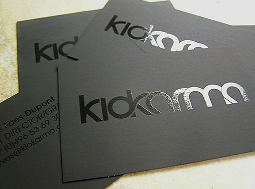 500 Cartões de Visita 5,4x8,5cm Couchê Brilho 300g 4x4  Fosca e Verniz Local F/ Corte Reto