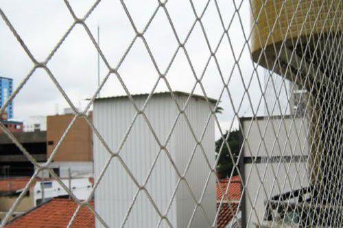 Rede de Proteção Fardo Polietileno Nylon de 4x20 metros no Fio 2.5mm e Malha 3x3 cm. (Rolo com 80m²)