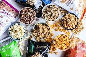 Kit Completo Senhora Pipoca- Cookies & Cream, Cebola e Orégano, Rapadura & Coco, Cacau + Whey, Barbecue Picante, Pasta de Amendoim + Whey