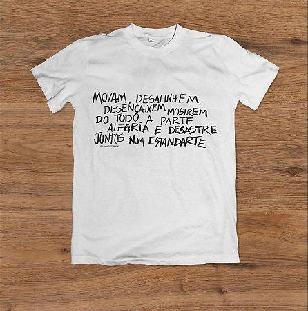 Camiseta Palavra Desordem (1)