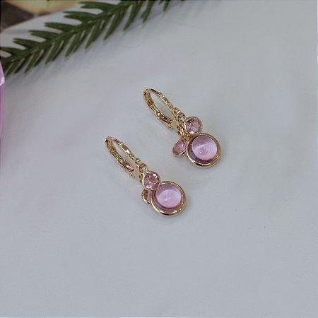 Argola dourada com cristal rosa bebê