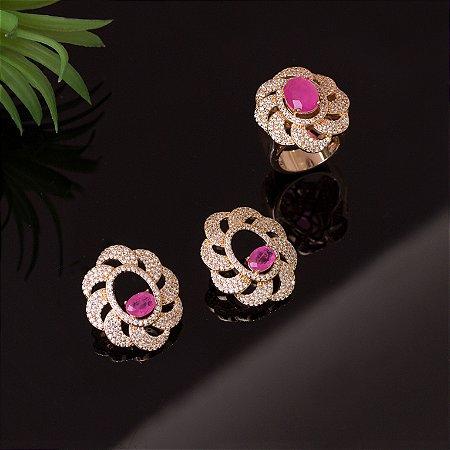 Anel floral cravejado com zircônias e cristal quartzo rosa