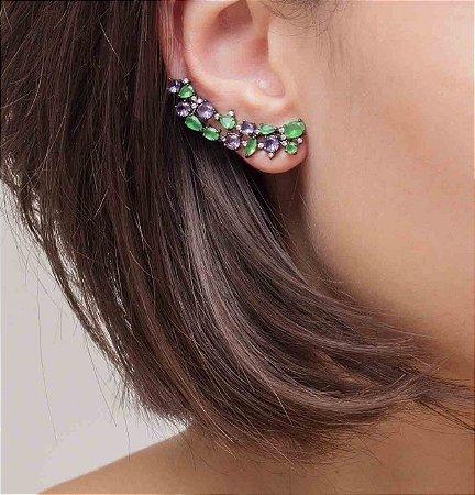 Brinco ear cuff em ródio black cravejado com cristais