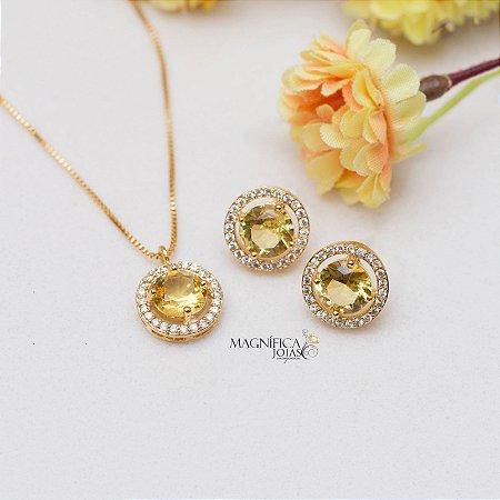Conjunto dourado cravejado com cristal citrino e zircônias