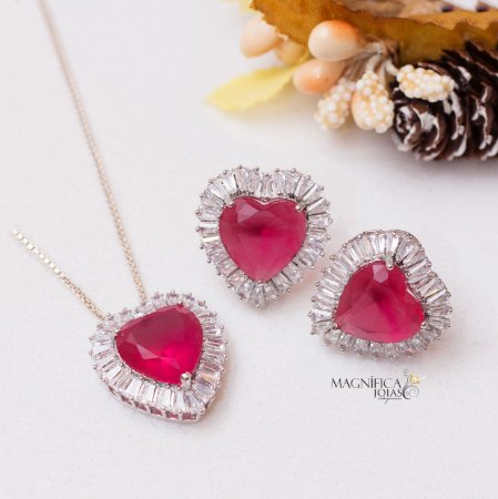Conjunto prata de coração com cristal rubelita e navetes