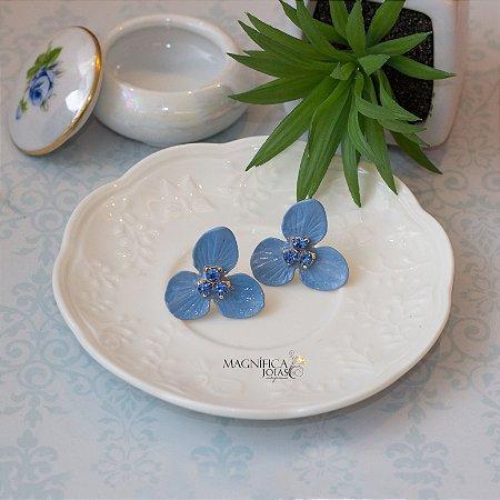 Brinco flor azul esmaltada
