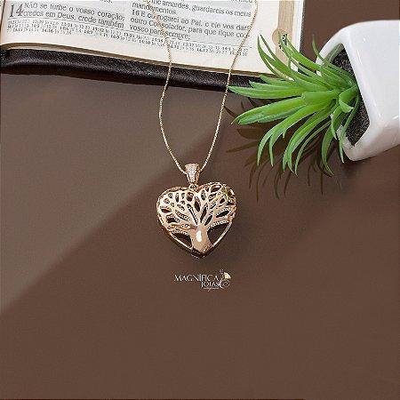 Colar árvore da vida dourado de coração com cravação em zircônias