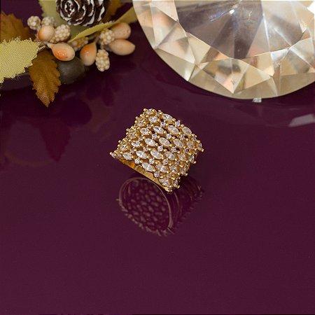 Anel luxo cravejado em zircônias cristais