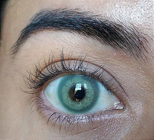 Batis Green