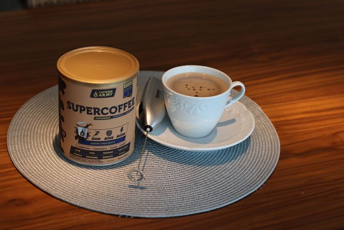 Combo Supercoffee Chocolate 220g + Mixer